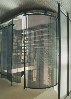 maison de verre stairway