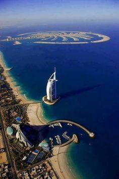 All Man-made !  Impressive things we can do to a coastline. (The Palm, the Sail Hotel & a marina)