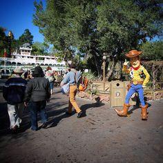 Good morning everyone!  Howdy Woody and the Legendary Disneyland Clapper  Peter Tu @disneyland @disneylandtoday #disneyside #disney #disneyland by freshbakedmike