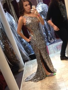 one of a kind prom dressed