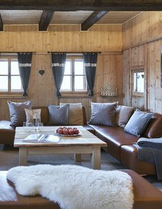 Wohnzimmer im Bauernhaus // Living area in the cottage Private Sauna, Small Living, Living Room Decor, Wood Burner, Modern Farmhouse, Cottage House, Small Space Living, Drawing Room Decoration