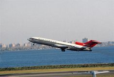 Boeing 727 200, Northwest Airlines, Old Planes, Boeing Aircraft, Jet Plane, North West, New York City, Past, Aviation