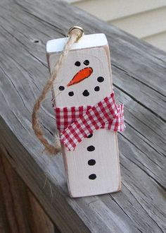 Diy christmas ornaments, xmas crafts, christmas decorations, diy snowman, t Christmas Ornament Crafts, Snowman Crafts, Snowman Ornaments, Christmas Tree Ornaments, Holiday Crafts, Christmas Diy, Ornaments Ideas, Origami Christmas, Wood Snowman