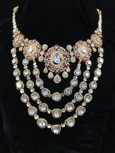 Layers of exquisite designs merged together to make one necklace, this piece of art is complete with studded rubies, Vilandi and other precious stones. Necklace Designs, Jewellery Designs, Jewelry Patterns, Uncut Diamond, Modern Jewelry, Trendy Jewelry, High Jewelry, Victorian Jewelry, Indian Jewelry