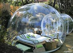 Sleep in a bubble, wake up under the sky...#Hotel Attrap Reves, #France http://www.inthemoodfordesign.eu/wordpress/2014/10/27/hotel-attrapreves-dormire-in-bolla/