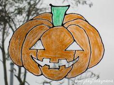 sunnydaytodaymama: Homemade pumpkin suncatchers