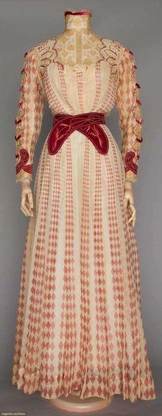 Mauve Printed Afternoon Dress, ca. 1900
