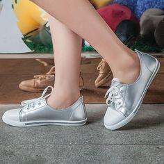 Korean Fashion 2017 New Women's Flats Black White Shoes Lace Up Casual Board Shoes Vulcanize SMYPDF-B0003