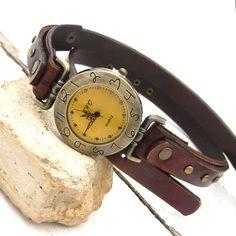 Leather watch Women vintage wrist watch Wrap around by Jullyet