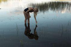 """69 Me gusta, 4 comentarios - Karolina Lann Vallin ★ (@karolinalannvallin) en Instagram: """"Emmalina och jag drog till Kortebo över dagen. Jag spenderade största delen i vattnet. Först klara,…"""""""