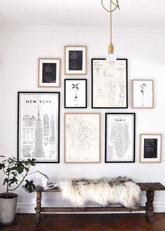 gallery wall and pendant light Hall de entrada Inspiration Wand, Decoration Inspiration, Interior Inspiration, Decor Ideas, Craft Ideas, Style Inspiration, Diy Ideas, Sweet Home, Home And Deco