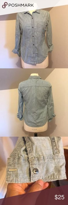 Gap chambray button down Size small. Excellent condition. Never worn. GAP Tops Button Down Shirts