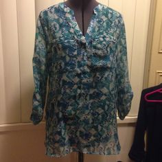 Flowy top Sheer top with breast pockets. Looks super cute with skinny jeans or tucked in with dress pants for work! The pattern is gorgeous and unique. Open to offers!  Apt. 9 Tops Blouses
