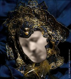 The viewer (test person) sees a picture representing a Venetian mask and is asked if he/she notices something special in it. A surprising number don't notice that the main features of the mask are actually composed of two distinct faces: a man and a woman kissing one another.