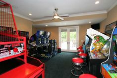 An arcade in your own home - what a fun room to have! Arcade Game Room, Arcade Games, Gameroom Ideas, Mancave Ideas, Space Boy, Basement House, Cool Rooms, Toys For Boys, Boy Room