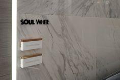La marca #URBATEK de #PORCELANOSA Grupo presenta las nuevas colecciones en gres porcelánico técnico  y la lámina cerámica extrafina XLight para el revestimiento de interiores y exteriores. Todas las novedades en el Stand de PORCELANOSA Grupo en el Hall 26, Stands A-298; B-196 y A-288; B-293. #CERSAIE2015  #tiles #walltiles #floortiles #porcelain #interiordesign #design #butech #marble #marbled #porcelaintiles #ceramics #aurum