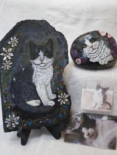 Would you like your pet cat painted on a state or a smooth river rock? I do enjoy painting all kinds of cats as their markings are so varied and