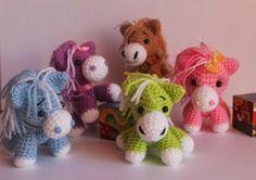 Игрушки от Кумутушки cavalinhos de crochet