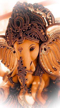 Ganesh Idol, Ganesha Art, Ganesha Tattoo, Shiva Art, Shri Ganesh Images, Ganesha Pictures, Ganpati Bappa Photo, Ganesh Lord, Jai Ganesh
