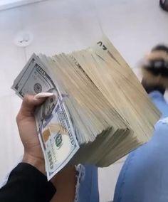 Money Girl, Mo Money, How To Get Money, Money Book, Badass Aesthetic, Bad Girl Aesthetic, Boujee Aesthetic, Money On My Mind, Tumbrl Girls