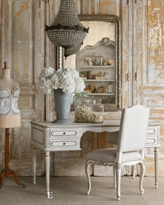 Charming shabby chic, French style