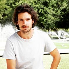 Santiago Cabrera is a Venezuelan-born Chilean actor, most known for his roles as the character Isaac Mendez in the television series Heroes and as Lancelot in the BBC drama series Merlin. Wikipedia Born: May 5, 1978 (age 38),