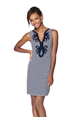 The Janice sleeveless striped shift is an update on a navy shift. Who doesn't love a navy and white stripe? Combine that with your favorite style dress and you are in Lilly heaven.