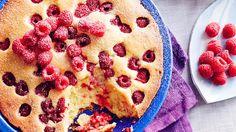 Raspberry 'bubble' cake (bublanina) recipe : SBS Food