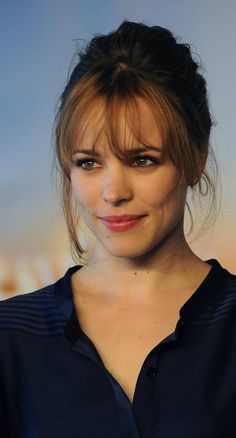 I like her bangs: Rachel McAdams... But can't pull off that look.