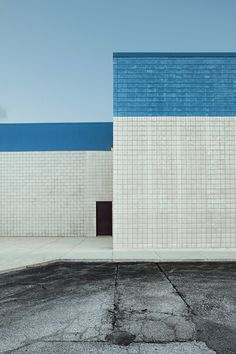 Jacob Seifert | Kino Champaign, 2010 USA  Aesthetic Color Photography Canvas Inspiration