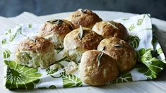 Sage and onion tear and share bread