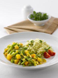 Guiso de porotos verdes con zapallo y choclo Chilean Recipes, Quesadilla, Green Beans, Risotto, Veggies, Cooking, Ethnic Recipes, Tips, Food