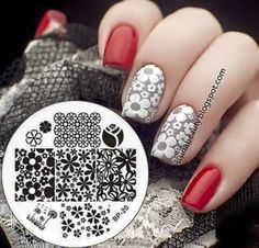 Expand style to your nails using nail art designs. Used by fashion-forward celebrities, these types of nail designs will incorporate immediate elegance to your apparel. Diy Nails, Cute Nails, Nail Art Designs, Nagel Stamping, Nagel Hacks, Nail Art Stamping Plates, Pretty Nail Art, Flower Nail Art, Beautiful Nail Designs