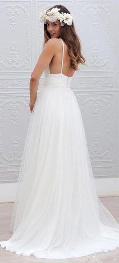 15 Most Breathtaking Goddess Wedding Dresses For Beach Wedding ...