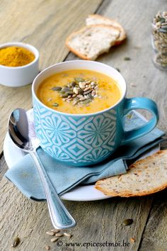Recette Sans Gluten et Végane : {Soupe crémeuse de pois cassés aux carottes et navets boule d'or} - Epices et Moi
