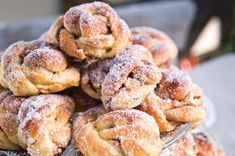 Äppelsnurror Fika, Apple Recipes, Doughnut, Nom Nom, Cheesecake, Muffin, Brunch, Sweets, Cookies