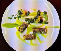 Chef Julien Diaz L'art de dresser et présenter une assiette comme un chef de la gastronomie... > http://visionsgourmandes.com > http://www.facebook.com/VisionsGourmandes . Photo à aimer et à partager ! ;) #gastronomie #gastronomy #chef #presentation #presenter #decorer #plating #recette #food #dressage #assiette #artculinaire