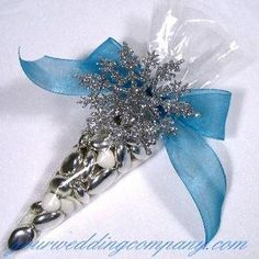 Elegant decorations and accents for your winter wonderland wedding! Shop for winter wedding supplies like glittered snowflakes, diamond confetti and acrylic garlands. Wedding Favor Bags, Beach Wedding Favors, Unique Wedding Favors, Wedding Ideas, Winter Wedding Favors, Winter Weddings, Wedding Gifts, Winter Wonderland Theme, Winter Theme