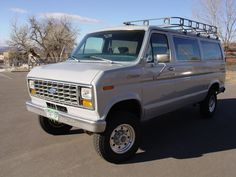 Let's see your expo van or 4x4 van pics! - Pirate4x4.Com : 4x4 and Off-Road Forum