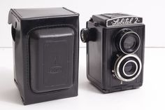 Lubitel 2 with case Russian TLR Camera Medium Format 6x6(USSR,Russia,Bear,Vodka)