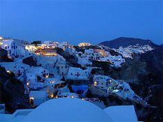 Ia de nuit - La ville à la tombée de la nuit - Îles grecques