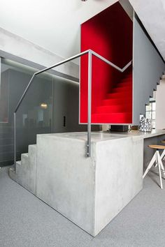 Staircase ideas - design and layout ideas to inspire your own staircase remodel, painted diy, decorating basement remodel pictures - Modern staircase ideas Modern Staircase, Staircase Design, Staircase Ideas, Stair Design, House Staircase, Contemporary Stairs, Red Interior Design, Interior Design Inspiration, Design Ideas