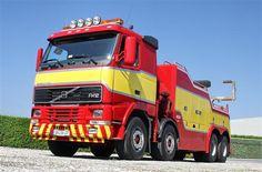 VOLVO FH-12 Tow Truck, Big Trucks, Chevy Nova, Weird Cars, 30 Years, Concept Cars, Volvo, Crane, Recovery