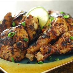 Smoked Red Curry Coconut Chicken Marinated in Greek Yogurt R.- Smoked Red Curry Coconut Chicken Marinated in Greek Yogurt Recipe - Jerk Chicken, Marinated Chicken, Asian Chicken, Grilled Chicken, Turkey Recipes, Chicken Recipes, Bahamian Food, Island Food, Fire Island