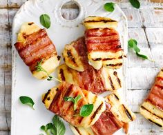 wrapped haloumi recipe - By Australian Women's Weekly, Love prosciutto? Then you will adore these delicious prosciutto and haloumi wraps - a true match made in heaven. Christmas Lunch, Christmas Cooking, Christmas Nibbles, Christmas Canapes, Christmas Recipes, Prosciutto Crudo, Australian Food, Australian Christmas Food, Aussie Food