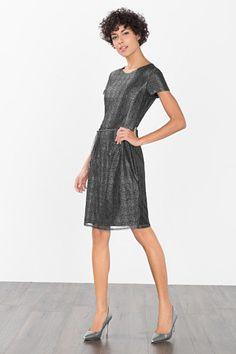 Esprit / Luxe mesh jurk in metallic zilver Chiffon, Metallic, Mesh, Dresses For Work, Fashion, Silk Fabric, Moda, Fashion Styles, Sheer Chiffon