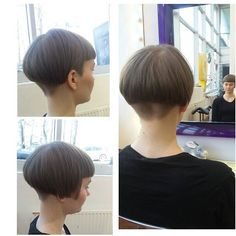 Bob with high buzzed nape Undercut Hairstyles, Pixie Hairstyles, Bowl Haircuts, Shaved Nape, Stacked Bob Hairstyles, Girls Short Haircuts, Trending Hairstyles, Hair Today, Short Hair Cuts