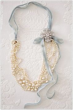 Pearls and Ribbon... LOVE IT! :)