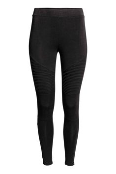 Jersey leggings with an elasticated waist and pin-tucks on the legs.