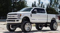 WOW this car is my dream vehicle. So stylish Ford F250 Diesel, Ford Powerstroke, Ford 4x4, Ford Pickup Trucks, Jeep 4x4, Jeep Truck, Diesel Trucks, Lifted Trucks, Big Trucks